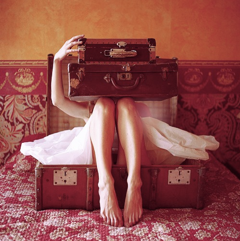 the-french-girls-suitcase